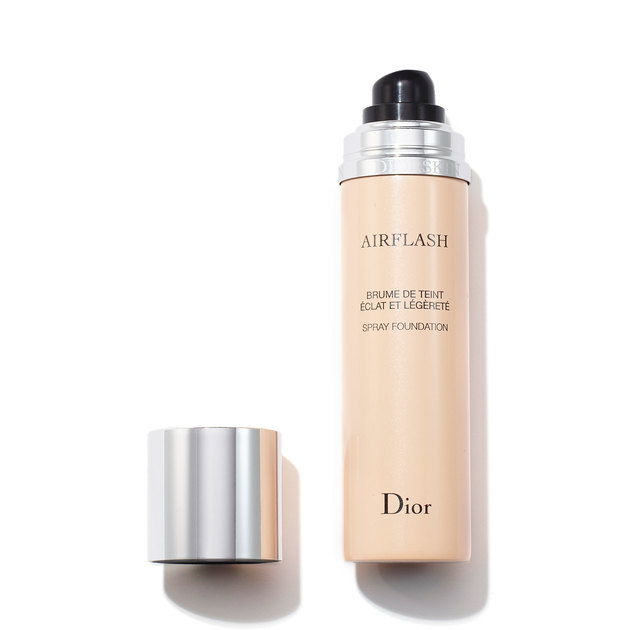 Dior Diorskin Airflash Spray Foundation in Cameo