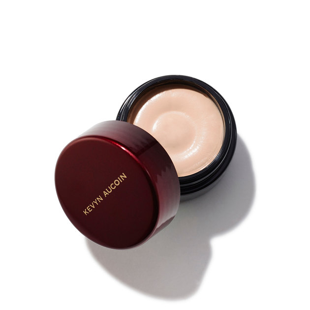 Kevyn Aucoin Sensual Skin Enhancer in SX 2