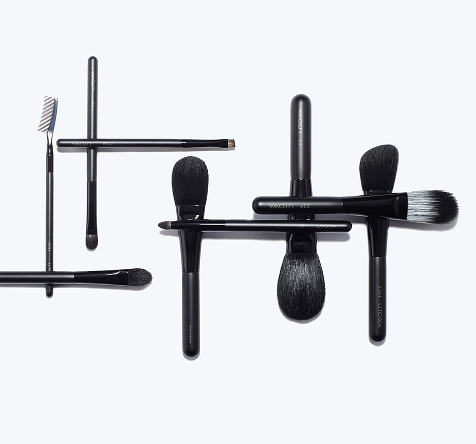 how to clean makeup tools