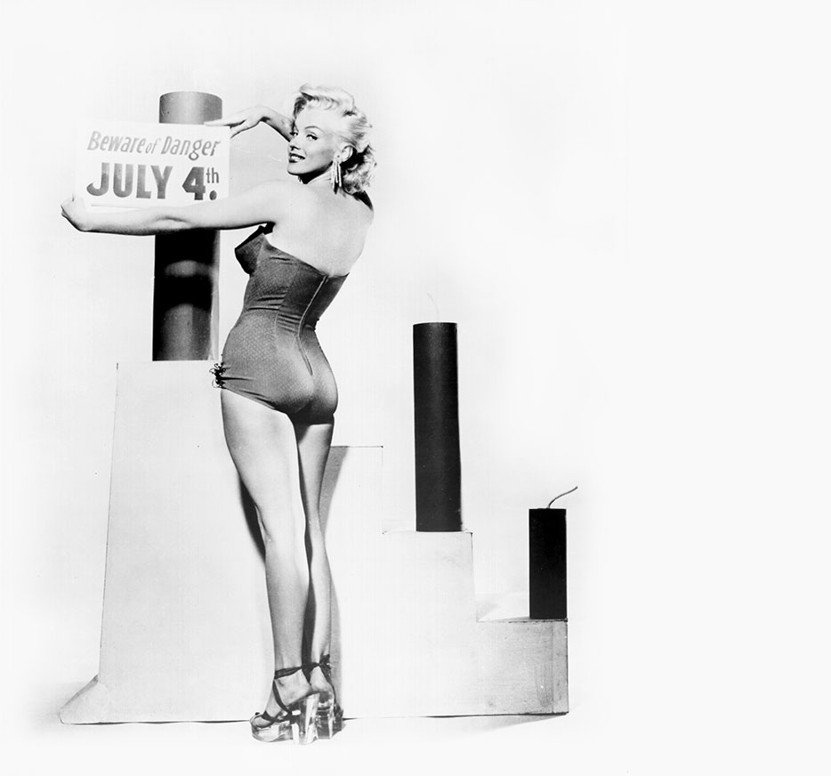 A Very VIOLET 4th of July, #MarilynMonroe  |  #VioletGrey, The Industry's Beauty Edit