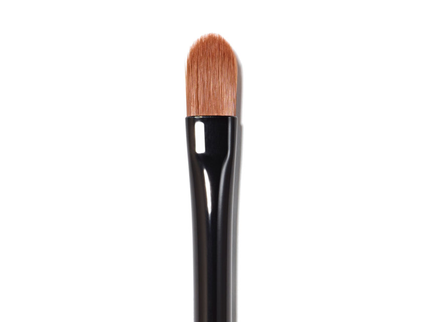 BOBBI BROWN Concealer Blending Brush | @violetgrey