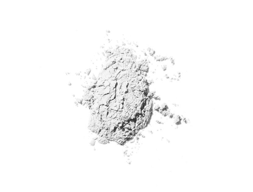 BOBBI BROWN Retouching Powder - White | @violetgrey