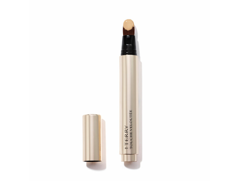 BY TERRY Touche Veloutée Highlighting Concealer Brush - 2 Cream | @violetgrey