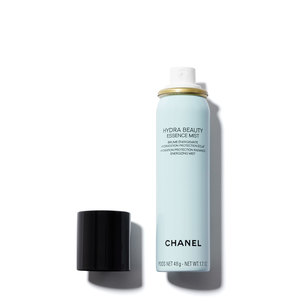 CHANEL Hydra Beauty Essence Mist Hydration Protection Radiance Energizing Mist | @violetgrey