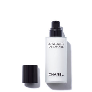 CHANEL Le Weekend De Weekly Renewing Face Care | @violetgrey