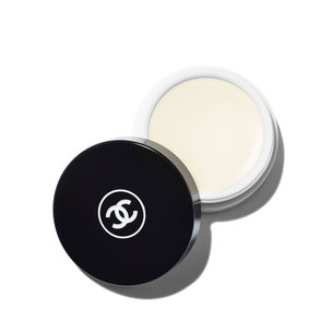 CHANEL Hydra Beauty Nourishing Lip Care | @violetgrey