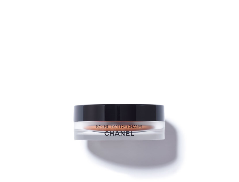 CHANEL Soleil Tan De Chanel Bronzing Makeup Base | @violetgrey