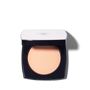 CHANEL Les Beiges Healthy Glow Sheer Colour SPF 15 - N°20 | @violetgrey