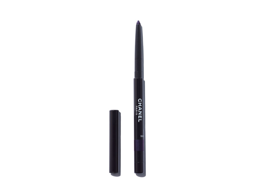 CHANEL Stylo Yeux Waterproof Long-Lasting Eyeliner - 83 Cassis | @violetgrey