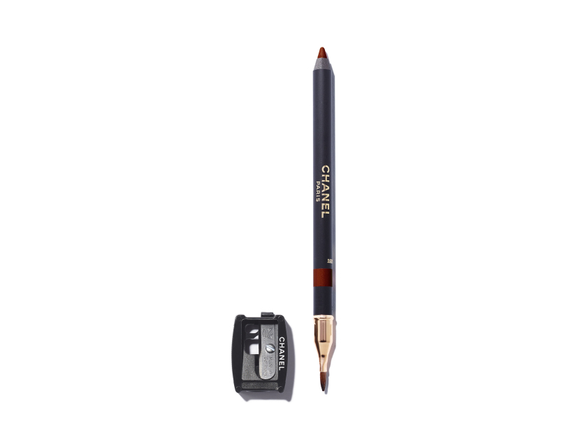 Chanel Le Crayon Lèvres Precision Lip Definer in 05 Mordoré | Shop now on @violetgrey https://www.violetgrey.com/product/le-crayon-levres-precision-lip-definer/CHN-188050