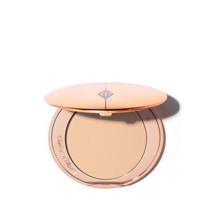 CHARLOTTE TILBURY Airbrush Flawless Finish - 02 Medium | @violetgrey