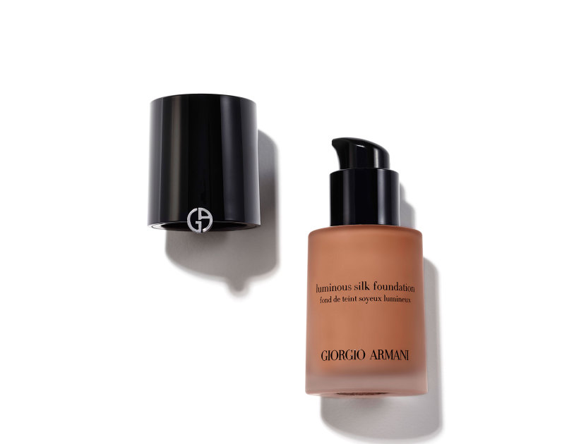 Giorgio Armani Luminous Silk Foundation in 5.25 | Shop now on @violetgrey https://www.violetgrey.com/product/luminous-silk-foundation/GIO-L22868