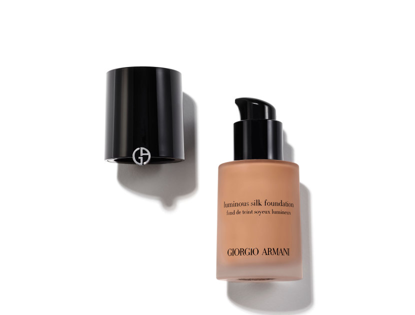 GIORGIO ARMANI Luminous Silk Foundation - 7 | @violetgrey