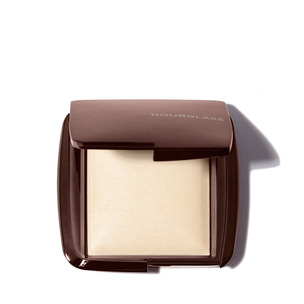 HOURGLASS Ambient Lighting Powder - Diffused Light | @violetgrey