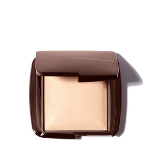 HOURGLASS Ambient Lighting Powder - Luminous Light | @violetgrey