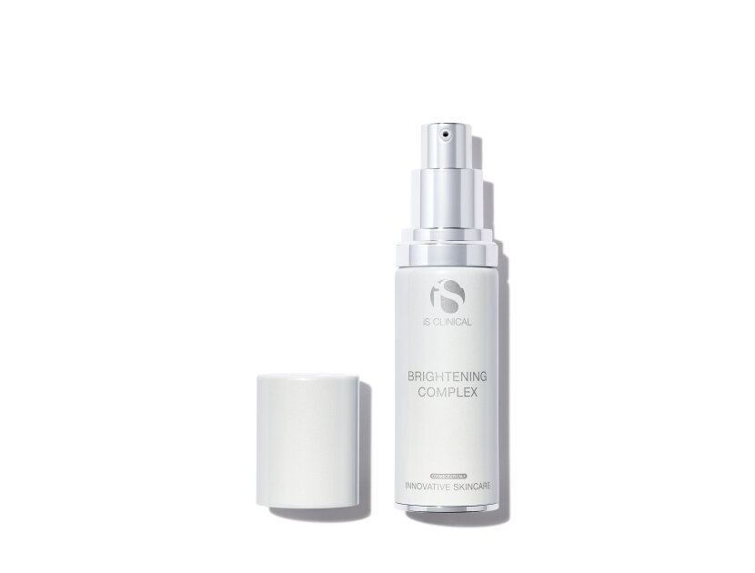 iS Clinical White Lightening Complex | Shop now on @violetgrey https://www.violetgrey.com/product/white-lightening-complex/ISC-001313