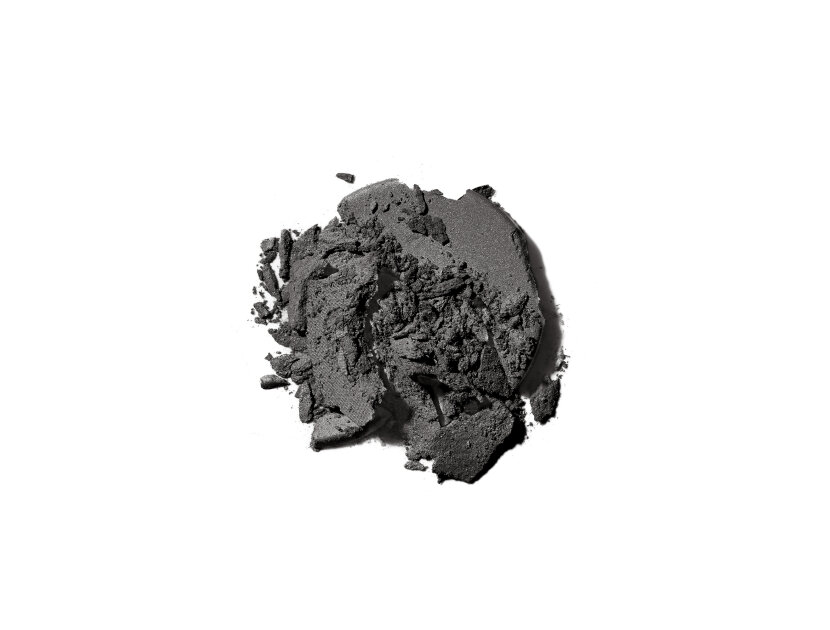 Kjaer Weis Eye Shadow Refill in Onyx | Shop now on @violetgrey https://www.violetgrey.com/product/eye-shadow-refill/KJW-RF12683