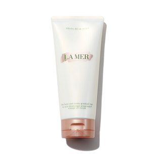 LA MER Face and Body Gradual Tan | @violetgrey