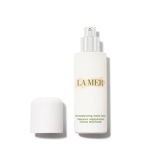 LA MER The Moisturizing Matte Lotion | @violetgrey