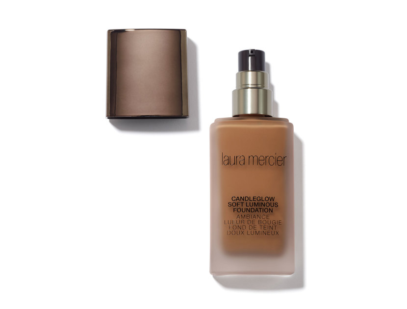 LAURA MERCIER Candleglow Soft Luminous Foundation - Nutmeg | @violetgrey