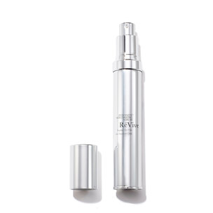 RéVIVE Intensité Volumizing Serum Targeted Skin Filler  | @violetgrey