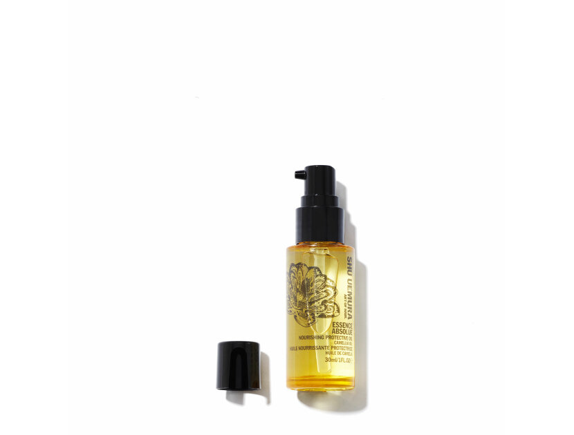 Shu Uemura Art of Hair Essence Absolue Nourishing Protective Oil in Travel Size in 1 oz | Shop now on @violetgrey https://www.violetgrey.com/product/essence-absolue-nourishing-protective-oil-in-travel-size/SHU-E0058200
