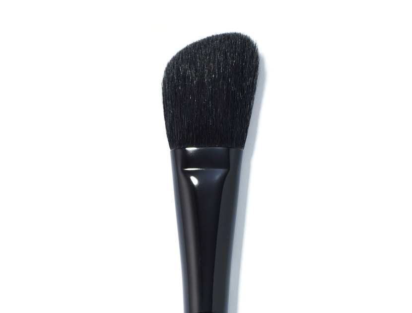 UTOWA Halberd Cheek and Eyeshadow Brush 22H | @violetgrey