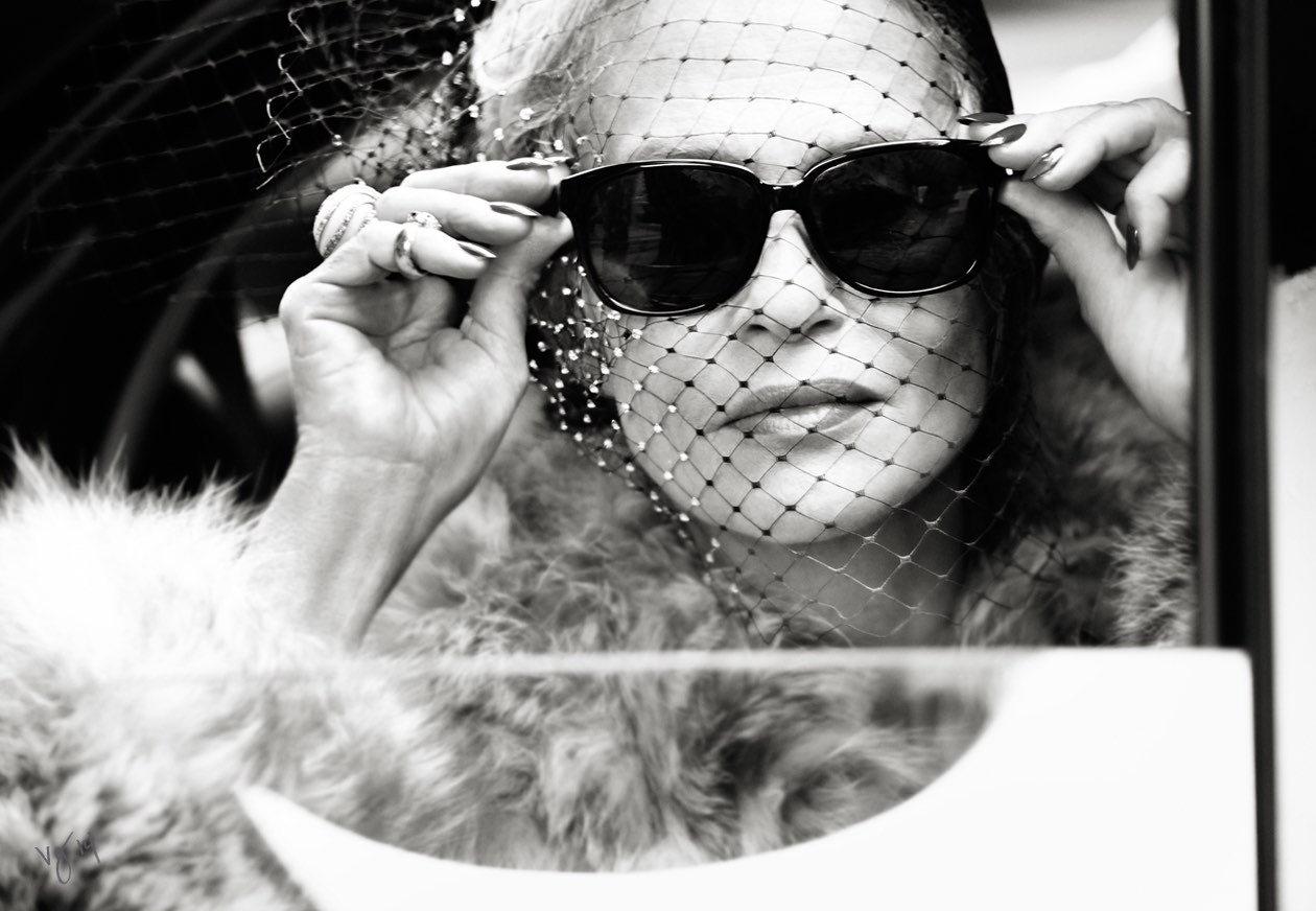 LAUREN HUTTON photographed by Pamela Hanson for THE VIOLET FILES  |  #VioletGrey, The Industry's Beauty Edit
