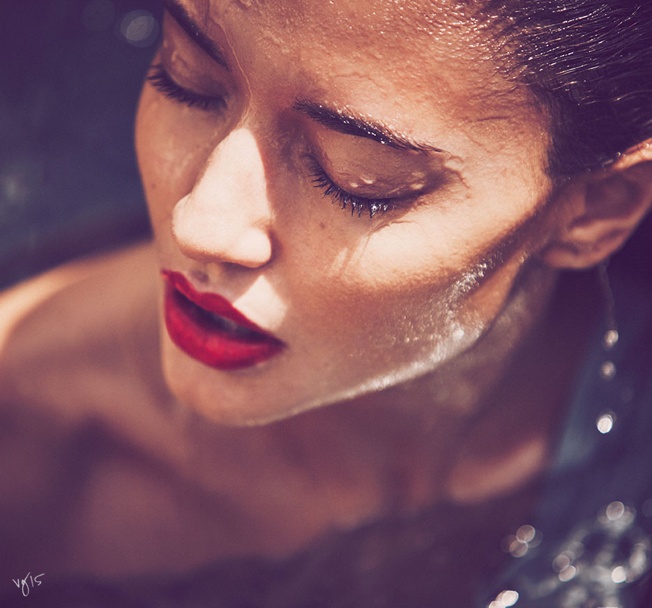 Best Methods for Hydrating Skin | The Violet Files | Photography by Guy Aroch | @violetgrey