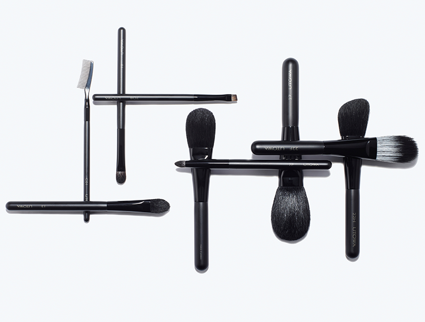 How To Clean Makeup Brushes & Beauty Tools