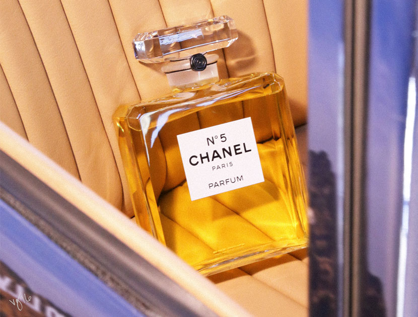 How to Use 30.4 oz of Chanel N°5  | The Violet Files