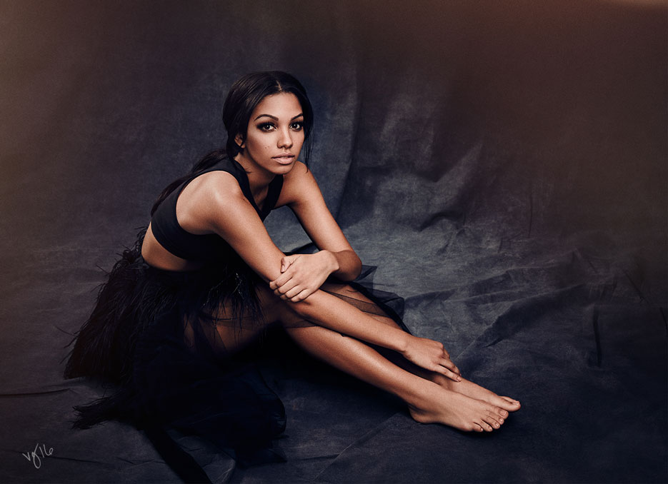 Miss Golden Globe Corinne Foxx | The Violet Files | @violetgrey