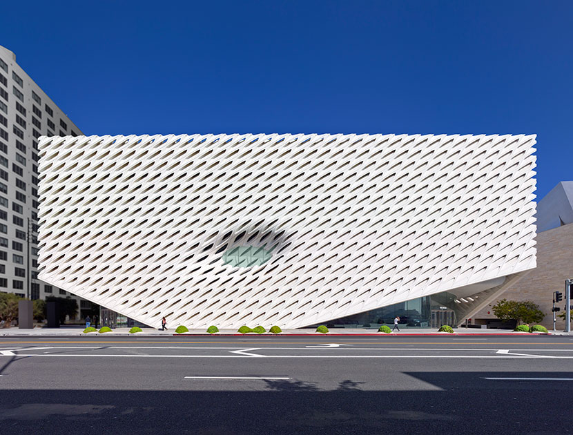 Violet Must: The Broad Museum | THE VIOLET FILES | @violetgrey